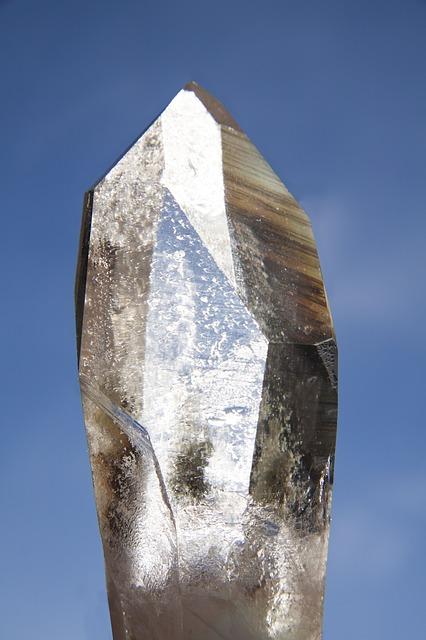 pure-quartz-67382_640